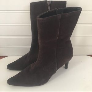 Banana Republic brown suede zipper boots 6M